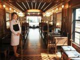 Trenul de 7 stele, un Orient Express in varianta japoneza. Cat costa sa te plimbi cu un tren de lux?