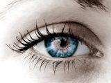 Femeile isi sacrifica si vederea pentru frumusete. Iata ce sunt in stare sa faca pentru a fi perfect