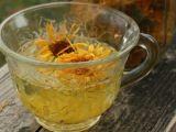 Ceaiul de galbenele: 6 beneficii pentru sanatate