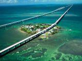 Uimitor! Iata autostrada care traverseaza oceanul!