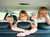 5 moduri de a alunga plictiseala copilului in calatoria cu masina