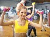 Faci sport singur, cu un prieten sau in grup? Care este cea mai buna varianta?