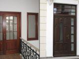 Usi din lemn: detaliile care dau contur casei tale