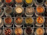 Cum sa strangi si sa pastrezi semintele de legume pentru anul viitor