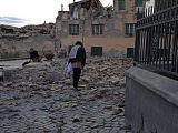 6 romani morti, 5 raniti, 17 disparuti! Bilantul victimelor din urma cutremurului din Italia