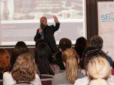 """Pasionat/a de promovarea online? Participa gratuit la conferinta """"Targetare si campanii eficiente"""", organizata de PR2Advertising.ro"""