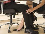 Mai mult de jumatate din angajatii romani au avut relatii la birou. Care au fost efectele