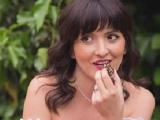Monica Radulescu si bomboanele ei de purtat, nu de mancat