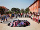 Ajuta si tu copiii nevoiasi sa mearga la scoala! Doneaza rechizite!