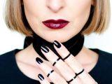 10 manichiuri cu oja neagra perfecte pentru orice tinuta