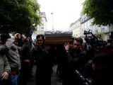 Stela Popescu, condusa pe ultimul drum! Sute de persoane au luat cu asalt Teatrul Constantin Tanase pentru a-i aduce un ultim omagiu