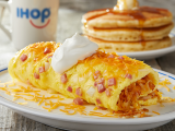 Doua omlete delicioase! Cate una pentru fiecare zi de weekend