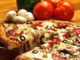 Cum sa prepari o pizza in doar 5 minute! Reteta idela pentru cei care sunt pe fuga