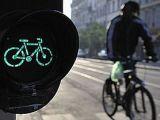 Ce alegem in trafic: masina, bicicleta sau mersul pe jos?