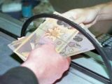 Salariul mediu net a crescut in iulie pana la 1.390 lei