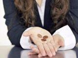 Salariul mediu net a scazut cu peste 50 lei in mai, fata de aprilie