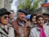Comisia de munca: Barbatii se vor pensiona la 64 de ani, femeile, la 60
