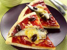 Pizza cu sardine