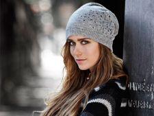 Coafuri cu stil: cum sa-ti porti parul sub caciula in sezonul rece