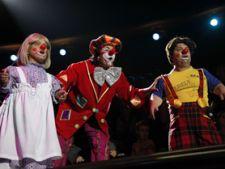 Jonglerii si salturi spectaculoase la Circul Globus