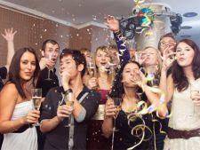 Cum te imbraci la petrecerea de Craciun a firmei