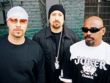 "Cypress Hill lanseaza videoclip nou: ""Roll it, Light it"""