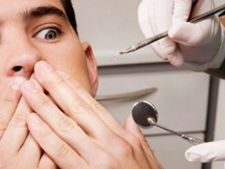 """Cat mai """"doare"""" vizita la dentist"""