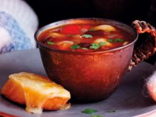 Supa de rosii cu galuste de branza