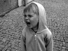 Temperamentul si personalitatea copilului, indicatori ai abuzului de alcool in adolescenta