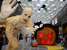 Cum se distreaza zodiile de Halloween