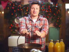 Bucatari celebri: Jamie Oliver - Budinca de iarna cu inghetata pentru Ajunul Craciunului