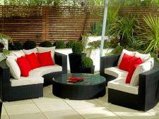 4 designuri de mobilier pentru o gradina moderna