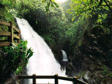 Gradina La Paz Waterfall din Costa Rica, un miracol al naturii