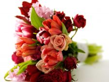 5 bouquets of flowers for the gifted romantic of  's Valentine's Day