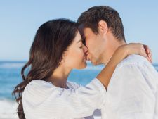4 steps to a kiss French perfect