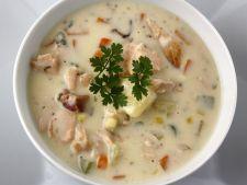 Supa de somon cu branza Cheddar