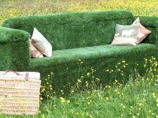 Idei creative pentru decorarea gradinii cu gazon artificial