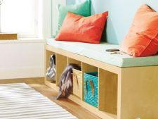 Rafturile de carti, mobila universala din casa. Uite in ce le poti transforma!