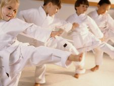Activities holiday for  : child 5 reasons to   to create the il martial arts