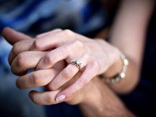 Inel de logodna scump sau ieftin? Cat ar trebui sa coste dovada dragostei