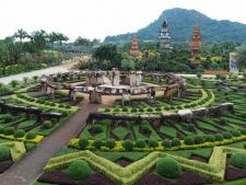 Cele mai frumoase gradini: Nong Nooch, Jurassic Park-ul Thailandei