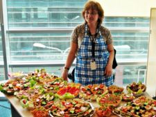 Expertul Acasa.ro, Mihaela Vulpe: Prajituri rapide cu biscuiti si iaurt