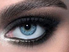 """7 trucuri pentru a-ti """"mari"""" ochii prin machiaj"""
