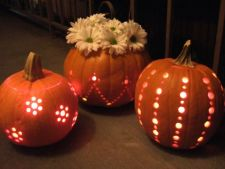 Learn how to   a decorate pumpkin with a grinder