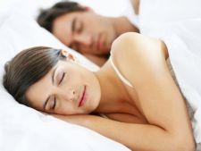 Ce spune pozitia in care dormiti despre relatia voastra
