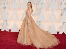 Oscar 2015. Rochii sexy si elegante pe covorul rosu