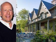 Greu de... egalat! Cum arata casa lui Bruce Willis