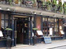 3 cafenele celebre din Europa care indeamna la culturalizare
