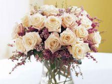 4 aranjamente florale de mai pe care le poti face in cateva minute