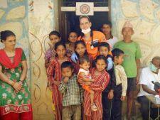 El este romanul care si-a amanetat tot ca sa ajute sinistratii din Nepal